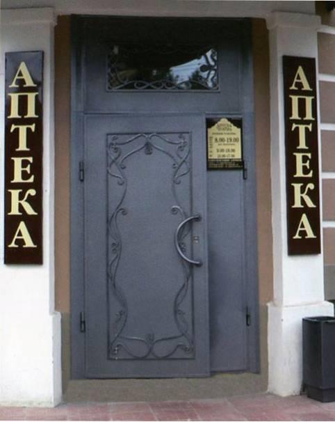 заказать нестандартную уличною металлическую дверь в коттедж в москве от производителя